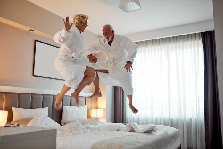 retiring to a holiday inn